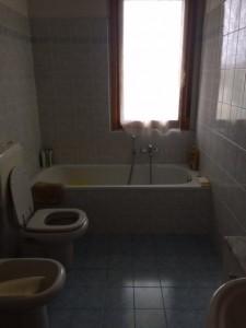 5 -bagno con vasca