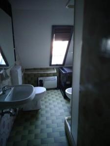 5- bagno con doccia