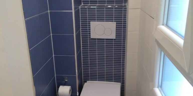 5 bis - particolare bagno