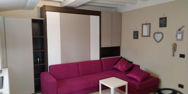 2 -soggiorno con divano