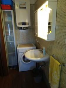 9- Bagno con lavatrice