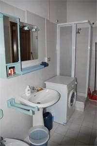 5- Bagno con lavatrice