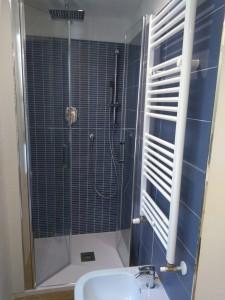 5 - particolare doccia