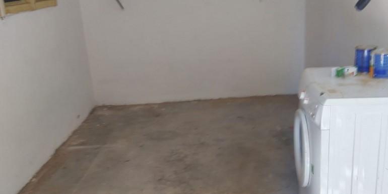 8- Garage